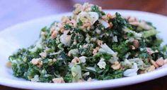kale salad indgredients: Peanut Vinaigrette: 4 tbsps. peanuts 2 tbsps. olive oil 2 tbsps. sesame oil 4 tbsps. lemon juice 2 tbsps. rice wine vinegar Salt + pepper to taste --- 4 cups Tuscan kale, chopped 1 cup green cabbage, finely sliced ¼ cup mint, diced ¼ cup cilantro, diced 4 tbsps. peanuts, chopped