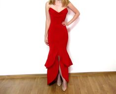 Red Bodycon Maxi Mermaid Dress by AtelierAncaGrigoras on Etsy Beautiful Outfits, Beautiful Clothes, Formal Dresses, Wedding Dresses, Black Tie, Beautiful People, Mermaid, Trending Outfits, Hair Styles