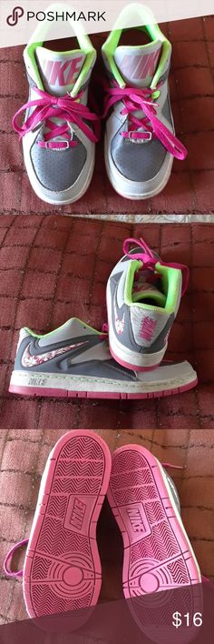 Nike girl's shoes! (I wear a 61/2 and they fit) Fun design and bright colors! Great condition! Nike Shoes Sneakers