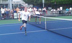 His leg lost in Afghanistan, Ryan McIntosh inspires as a U.S. Open ballboy #Tennis #Inspiring (Via @usopen)