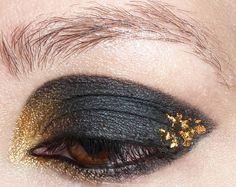 Emma Watson Harry Potter NY premiere eye makeup    http://www.magi-mania.de/herzblut-mein-emma-watson-look/