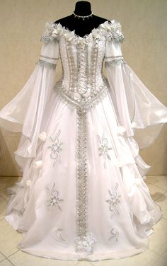 A Medieval Themed Wedding dress. These are really pretty!