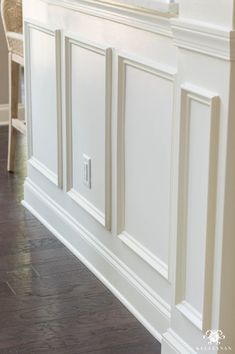 I love how Kelley added simple picture frame moulding to flat drywall to cream a truly custom look! Wall molding and trim ideas to frame in the kitchen with picture frame molding and a column- Creamy by Sherwin Williams Cabinet Molding, Cabinet Trim, Floor Molding, Wall Molding, Moldings And Trim, Trim On Walls, Molding Ideas, Crown Molding, Door Frame Molding