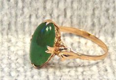 Vintage 14K Jade Nephrite Cabochon Ring, Yellow Gold, Green Jade by EclairJewelry on Etsy