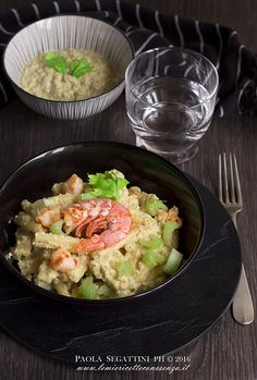 Pasta con gamberi e crema di sedano e noci (Pasta with shrimp, celery and walnuts (in Italian))