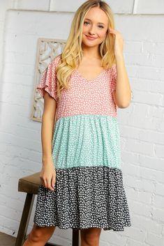 Multi Color Block Tiered Print Midi Dress Plus Size Fashion For Women, Plus Size Women, Girl Outfits, Fashion Outfits, Dress Sewing Patterns, Colorblock Dress, Latest Fashion Trends, Short Sleeve Dresses, Pastel Colors
