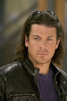 Normally I don't like long hair on guys, but dannnnng does he rock it. Leverage. Yep so agree