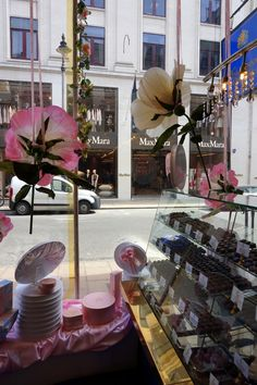 Chocolate tour,chocolate boutique - London