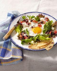Huevos Ranchoeros Salad   Ten 30-Minute Meals to Satisfy Last Minute Guests #theeverygirl