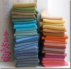 a great blog that explains lots of things you need to know about felt and wool Felted Wool Crafts, Felt Crafts, Fabric Crafts, Old Sweater, Wool Sweaters, Cashmere Sweaters, Wool Quilts, Wool Fabric, Bee Fabric