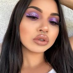 Comment 😍 if slayed this look! She's wearing purple eyeshadow from gemstones palette! Makeup Eye Looks, Cute Makeup, Gorgeous Makeup, Glam Makeup, Pretty Makeup, Makeup Geek, Makeup Inspo, Makeup Addict, Makeup Inspiration