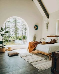 Bright boho bedroom with arched window overlooking the trees # Wohnen ideen Boho Bedroom arched bedroom Boho Bright Ideen overlooking trees window wohnen Boho Chic Bedroom, Home Decor Bedroom, Bedroom Ideas, Bedroom Designs, Diy Bedroom, Bedroom Wall, Bedroom Rugs, Bedroom Modern, Natural Bedroom