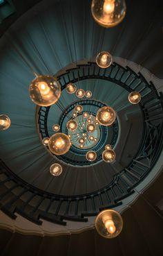 Mystiques-Révélations: Lumières par Michal Dzierza