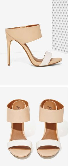 ✝Pinterest: @natlopez14 Unique heels. White. Nude