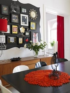 Accented frame wall
