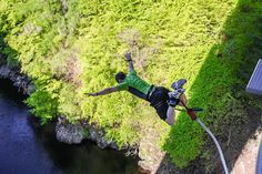 https://adventurefanatic.wordpress.com/2015/02/02/bungee-jumping-india-experience-the-thrill-of-a-lifetime/ >> Bungee jumping India – Experience the thrill of a lifetime! #BungeeJumping #365Hops #India #Rishikesh #MohanChatti