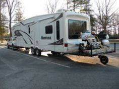 nice 38 Cheap Rv Modifications Ideas For Your Street Style Cheap Rv, Loading Ramps, Deck Design, Rv Living, Outdoor Living, Camping Gear, Camping Hacks, Camping Essentials