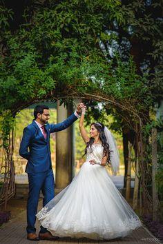 ideas for wedding indian christian india Christian Bride, Christian Weddings, Wedding Poses, Wedding Photoshoot, Wedding Couples, Wedding Stills, Wedding Bride, Wedding Hair