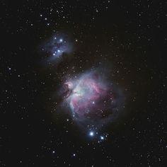 Espace,  la nébuleuse d'Orion située à 1300 années-lumière de la Terre