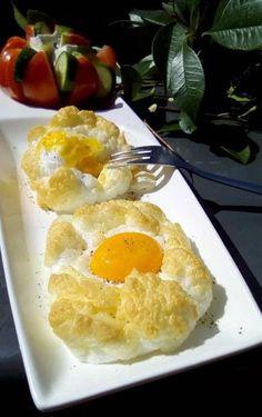 Αυγά και πατάτες φούρνου-Απλά & Νόστιμα !!! ~ ΜΑΓΕΙΡΙΚΗ ΚΑΙ ΣΥΝΤΑΓΕΣ 2 Food And Drink, Eggs, Breakfast, Morning Coffee, Egg, Egg As Food, Morning Breakfast