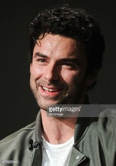 Actor Aidan Turner discusses his new show 'Poldark' at Apple Store Soho on June 2015 in New York City. Aidan Turner Poldark, Ross Poldark, Game Of Thrones Prequel, Dean O'gorman, Winston Graham, Aiden Turner, Eleanor Tomlinson, Out Of Touch, Take My Breath