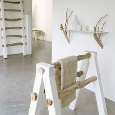 decoracion_ramas_11  También podrían formar parte de un toallero, una estantería y escalera como esta