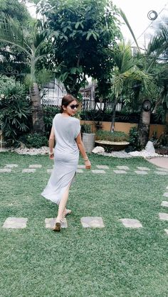 Maine's Snapchat Maine Mendoza Outfit, Summer Bikinis, Better Half, White Dress, Cute Outfits, Singer, Actresses, Snapchat, Pinoy
