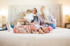 Newborn lifestyle in home session | Linsey Middleton Photography