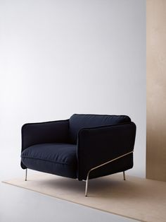 DARL BLUE CHAIR| with  classic piece like this you can never go wrong| www.bocadolobo.com/ #modernchairs #chairideas