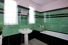 1930 art deco bathroom (emerald 'n black loveliness)
