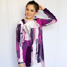 This Ultimate Shift Dress by Athina has us swooning! Shift Dress Pattern, Dress Sewing, Ultra Violet, Dress Ideas, Pantone, Sewing Projects, Sewing Patterns, Tie Dye, Kimono Top