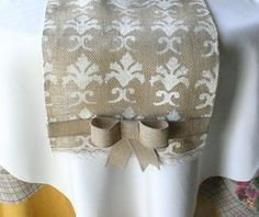 Stenciled Burlap Wedding Table Runner Idea - DIY wedding decoration Love this so much! Burlap Wedding Decorations, Table Decorations, Burlap Centerpieces, Burlap Crafts, Burlap Projects, Burlap Table Runners, Burlap Lace, Upcycled Crafts, Home Office Design