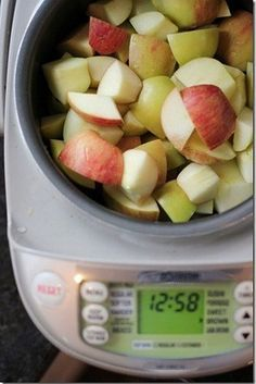 Rice cooker cinnamon apples: Mash them into homemade applesauce or leave them snack-sized.