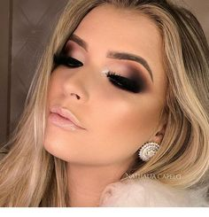 Shady outer eye, loooove the color used with a nude lip shine - Miladies.net