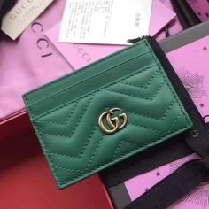 21411815adff Gucci GG Marmont Card Case 100% Authentic 80% Off | Authentic Gucci Handbags