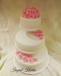 #ingridskakerbørsa #bryllupskake #3etg #sjokoladekake #rosetopp #palsmarsipan #pals #sørtrøndelag #skaunkommune #børsa Rose, Desserts, Tailgate Desserts, Pink, Deserts, Postres, Dessert, Roses, Plated Desserts