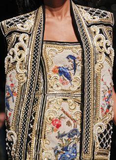 Balmain #Baroque #Print #Pattern
