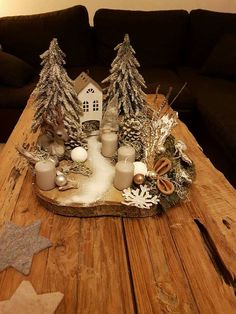 noel design Most current Photo christmas fairy garden Tips You will find a great number of amazing fairy back gardens on the net but it can be overwhelming to receive st. White Christmas Ornaments, Decoration Christmas, Wooden Christmas Trees, Christmas Fairy, Modern Christmas, Christmas Photos, Christmas Time, Christmas Wreaths, Miniature Christmas