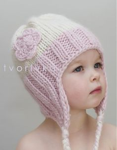 tvorIvka / Cute (aj chlapcom) Source by teresadavim Knitted Baby Cardigan, Knitted Baby Clothes, Baby Hats Knitting, Loom Knitting, Hand Knitting, Knitted Hats, Baby Hat Patterns, Baby Knitting Patterns, Crochet Patterns