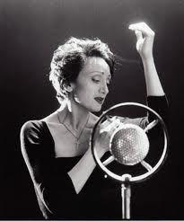 """""""Cuando tus ojos me miran, mi corazón se alborota.""""  Edith Piaf"""