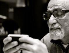Best Smartphones For The Elderly