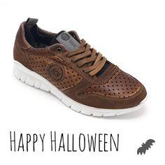 Happy Halloween!! 🎃 #sneakersadict #urban #sneakers #haloween2016 #style #bcn
