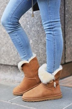 Best uggs black friday sale from our store online.Cheap ugg black friday sale with top quality.New Ugg boots outlet sale with clearance price. Ugg Boots Outfit, Winter Boots Outfits, Ugg Winter Boots, Summer Outfits, Casual Outfits, Snow Boots, Fashionable Outfits, Work Outfits, Fall Outfits