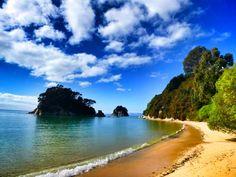 Beaches and blue skies. #breathtaking #paradise #newzealand