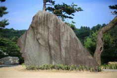 聖霊岩/聖霊を象徴する女人岩 - WolMyeongDong(キリスト教福音宣教会)