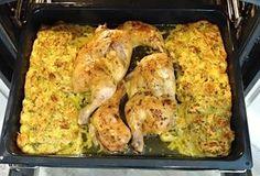 Na jednotlivé porce nakrájené kuře, vyskládané na plech, obložené nádivkou připravenou z rohlíků, vajec, mléka, koření, česneku a petrželky, upečené v troubě pěkně dozlatova. Nádivka takto upečená nasaje při pečení šťávu z kuřete a získá tak úžasnou chuť. Cauliflower, Chicken Recipes, French Toast, Menu, Vegetables, Breakfast, Food, Menu Board Design, Morning Coffee