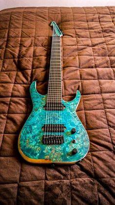 Skervesen Guitars Raptor 8