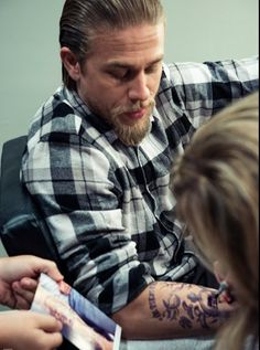 More Tatt Magic on SOA courtesy of Entertainment Weekly online