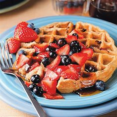 Healthy Breakfast Recipes These multigrain blueberry waffles are only 221 calories per serving!These multigrain blueberry waffles are only 221 calories per serving! Healthy Waffles, Healthy Breakfast Recipes, Healthy Recipes, Healthy Food, Breakfast Ideas, Easy Recipes, Yummy Waffles, Breakfast Waffles, Healthy Breakfasts