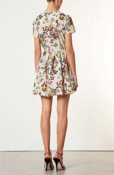 Spring = Floral Print Dresses #NordstromSavvy #TopShop